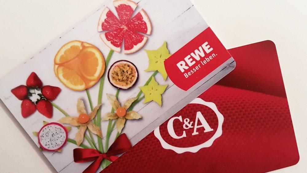 Geschenkkarten können als Hilfsmittel zum Sparen verwendet werden. Foto: Johannes Lortz