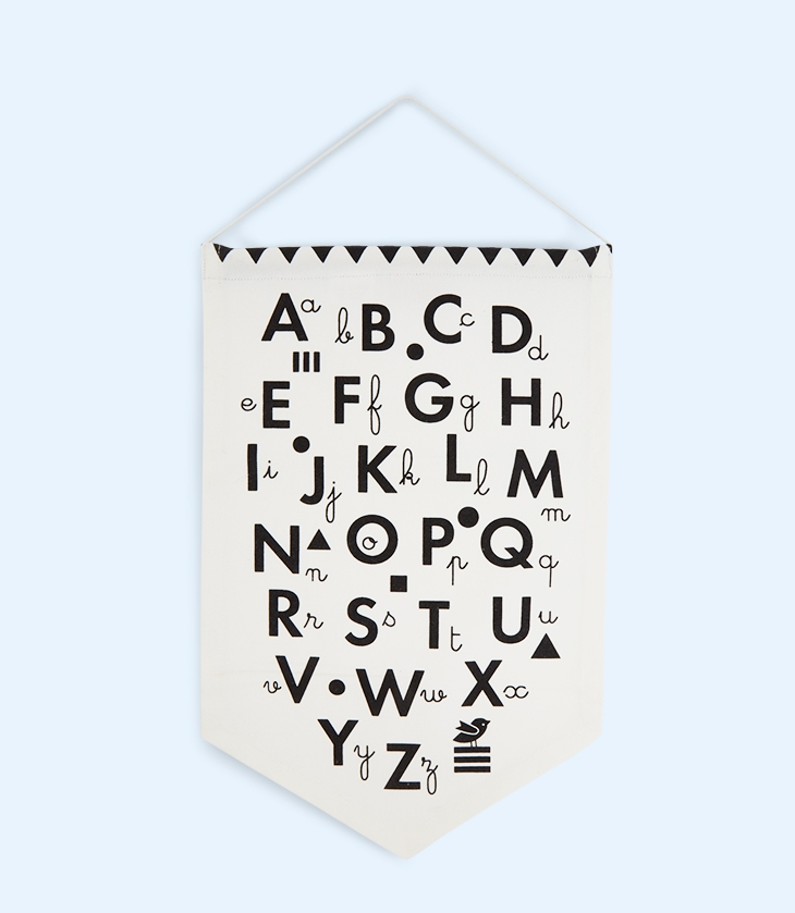 deuz-alphabet-banner-black-monochrome-900x900_02.jpg