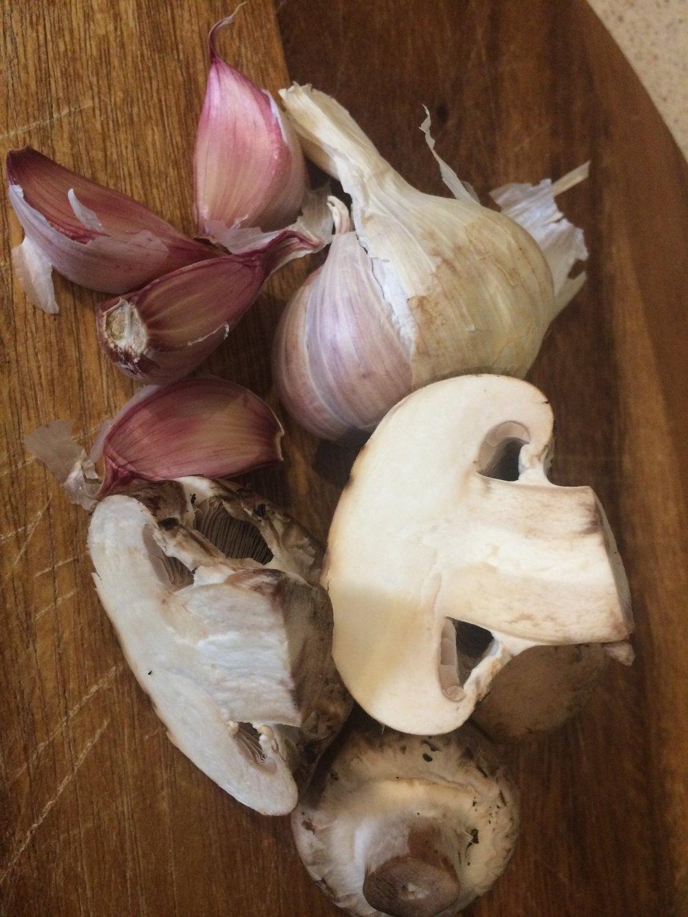 Garlic mushrooms.JPG