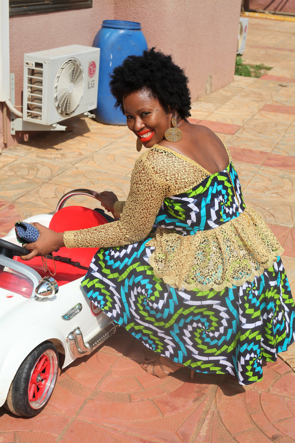 AfricanFashion-VickieRemoe-Wedding-Style-Ankara21.jpg