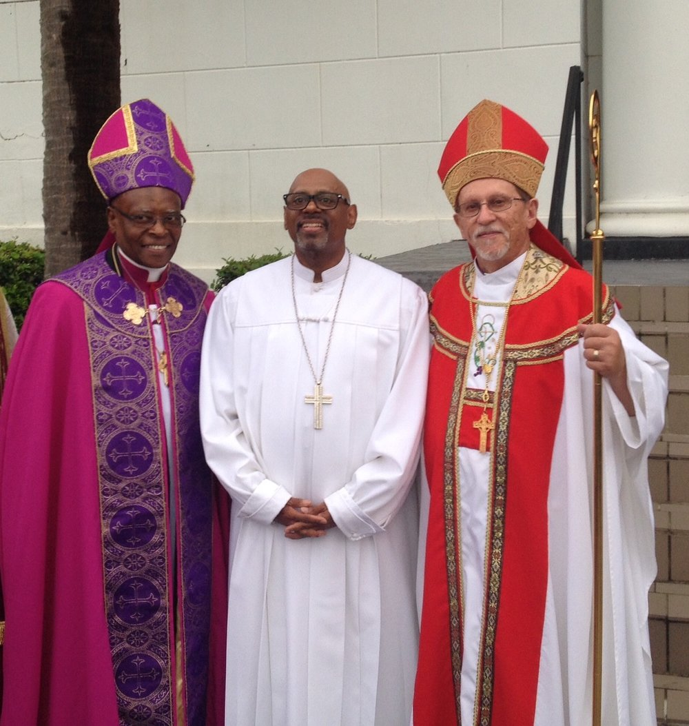Left to right- Archbishop Sterling Lands (EEC), Bishop Paul S. Morton (founder of Full Gospel Baptist Fellowship), Archbishop Russ McClanahan (EEC)..jpg