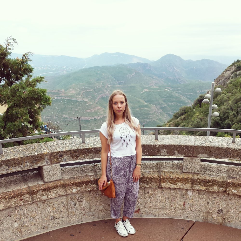 sian-victoria-travel-blogger-montserrat-mountains-spain-adventure-hike.jpg
