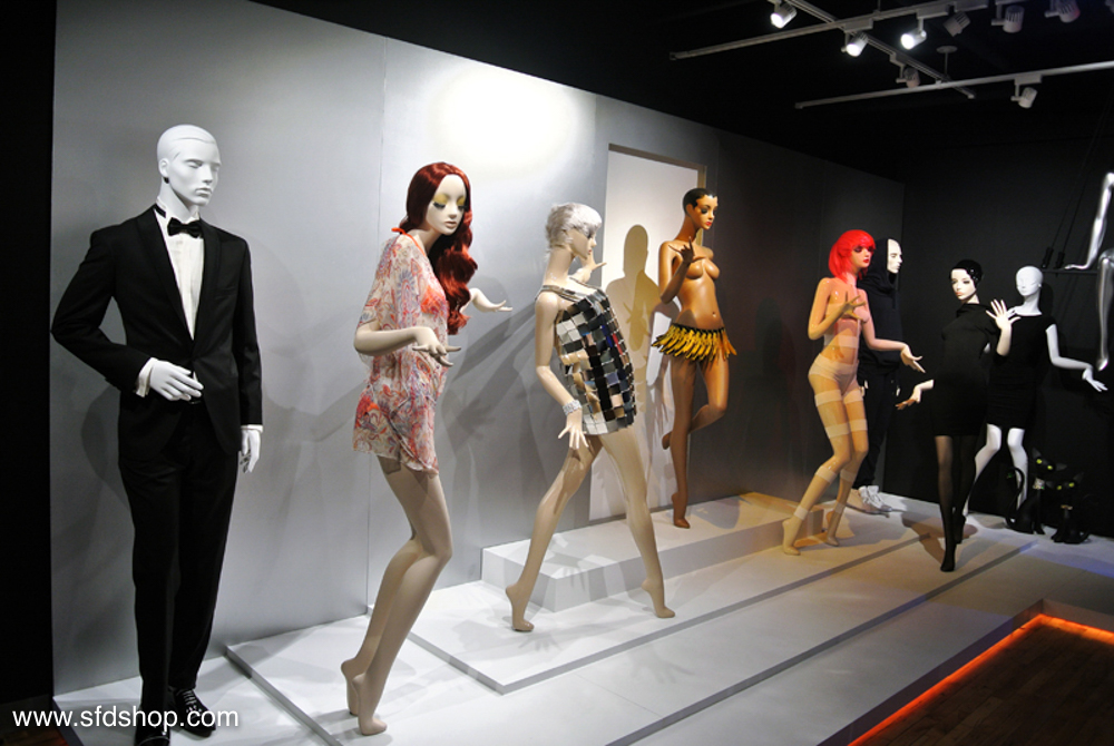 Genesis Mannequin showroom fabricated by SFDS 7.jpg