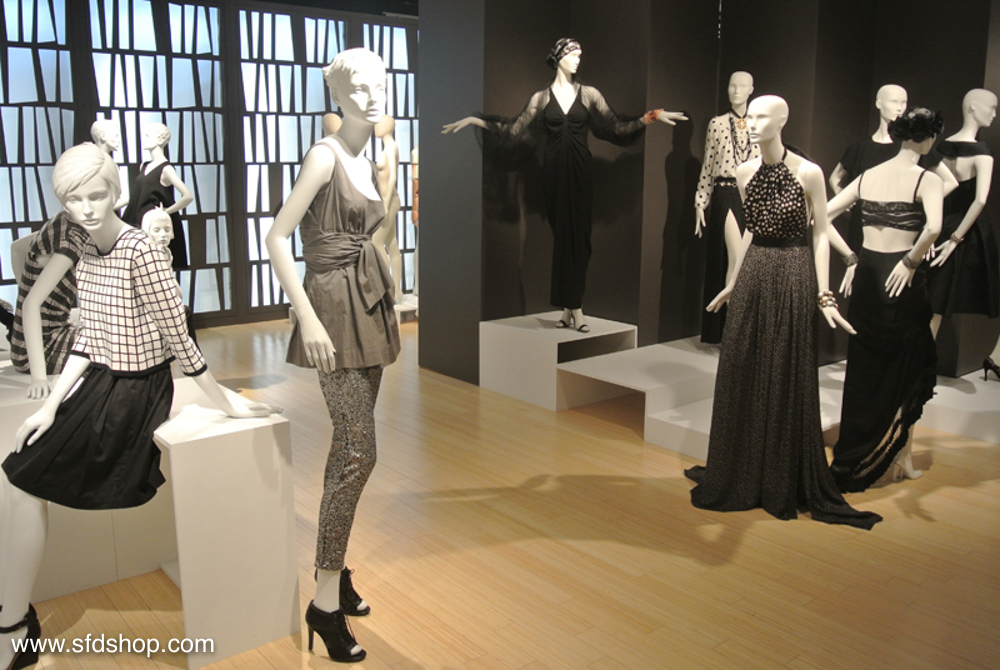 Mondo Mannequins showroom fabricated by SFDS 11.jpg