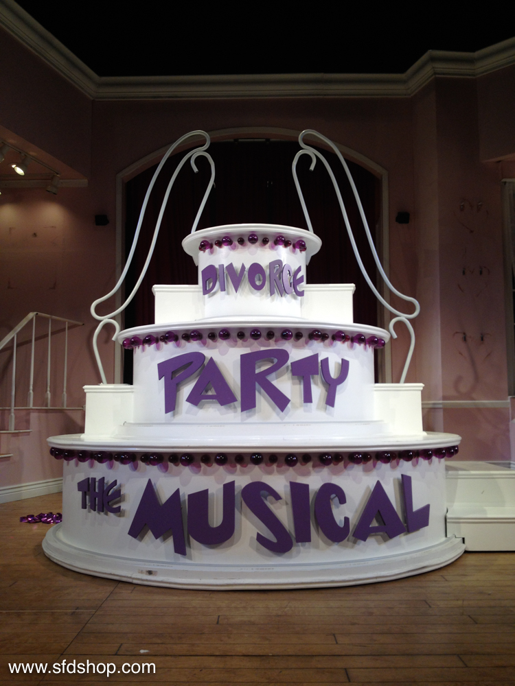 Divorce Party Musical cake fabricated by SFDS 1.jpg