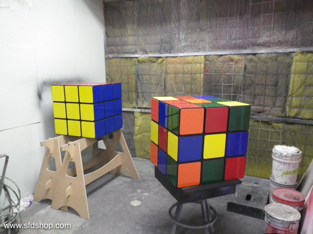 Jellio Rubik's Cube table fabricated by SFDS 13.jpg