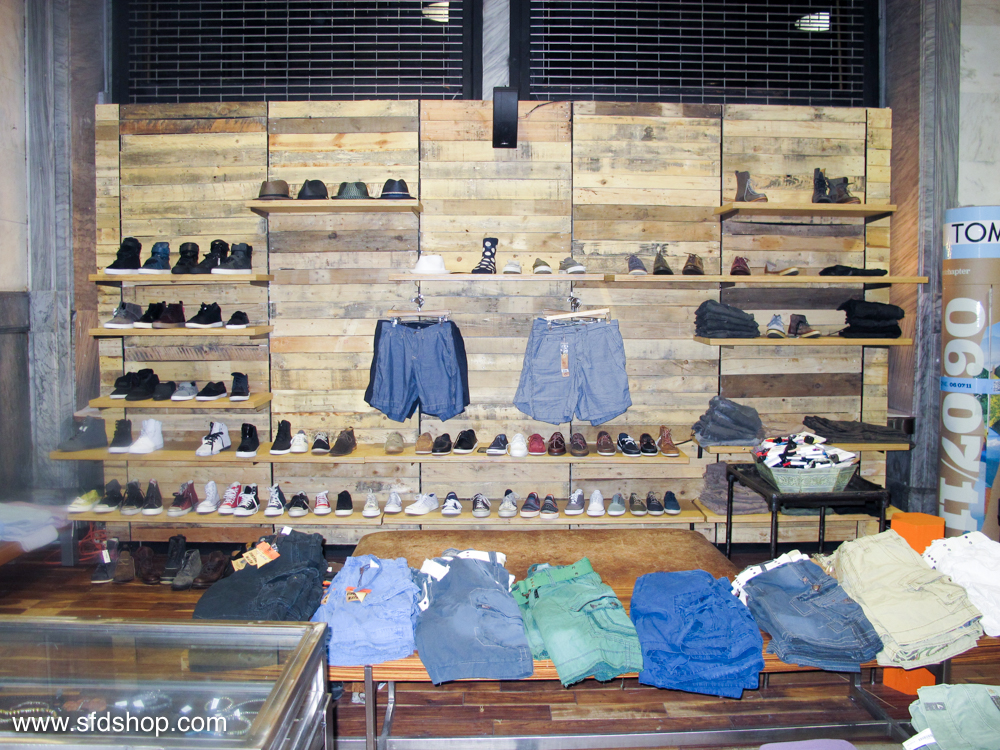 Atrium NYC store fabricated by SFDS 12.jpg