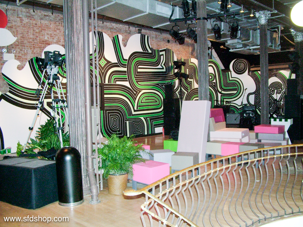 Starbucks Salon NYC fabricated by SFDS 14.jpg