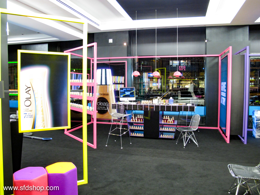 P&G Brandsaver pop-up fabricated by SFDS-10.jpg