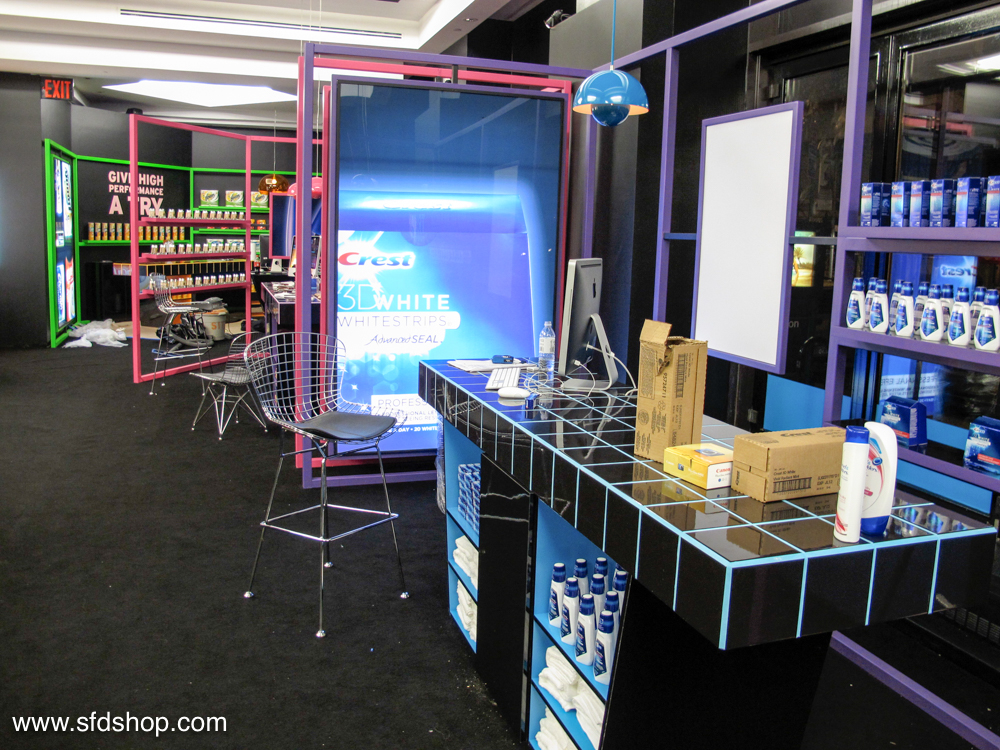 P&G Brandsaver pop-up fabricated by SFDS-15.jpg