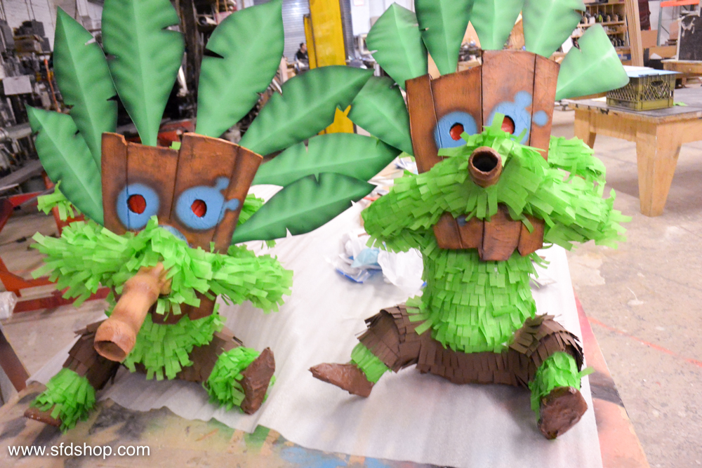clash royale pinatas fabricated by SFDS-18.jpg