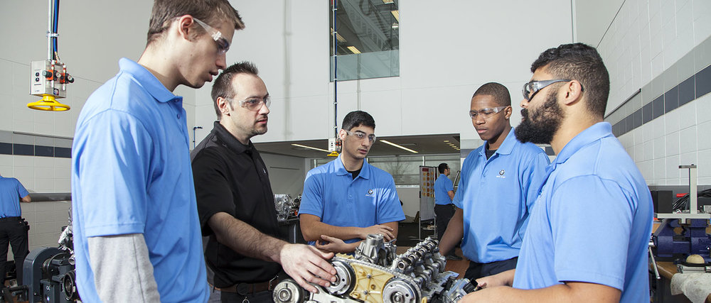 bmw-dealer-careers-bmw-step.jpg