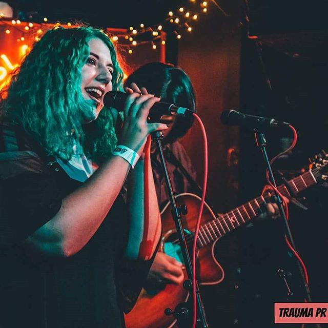 Some amazing photography from last Saturday's set courtesy of the incredible @jesss_xx3 🖤 🤘  #poppunk #acoustic #poppunkgirl #mermaidhair #gothgirl #witchaesthetic #livemusicphotography #photography #acousticperformance #livemusic #londonmusicscene #emo #posthardcore #bmth #femalefrontedband #avrillavigne #tonightalive #paramore #pvris #againstthecurrent #watic #ukband #traumapr #traumaprpresents #femalefrontedpoppunk