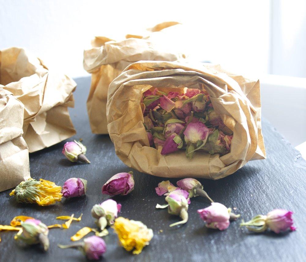dried-roses.jpg