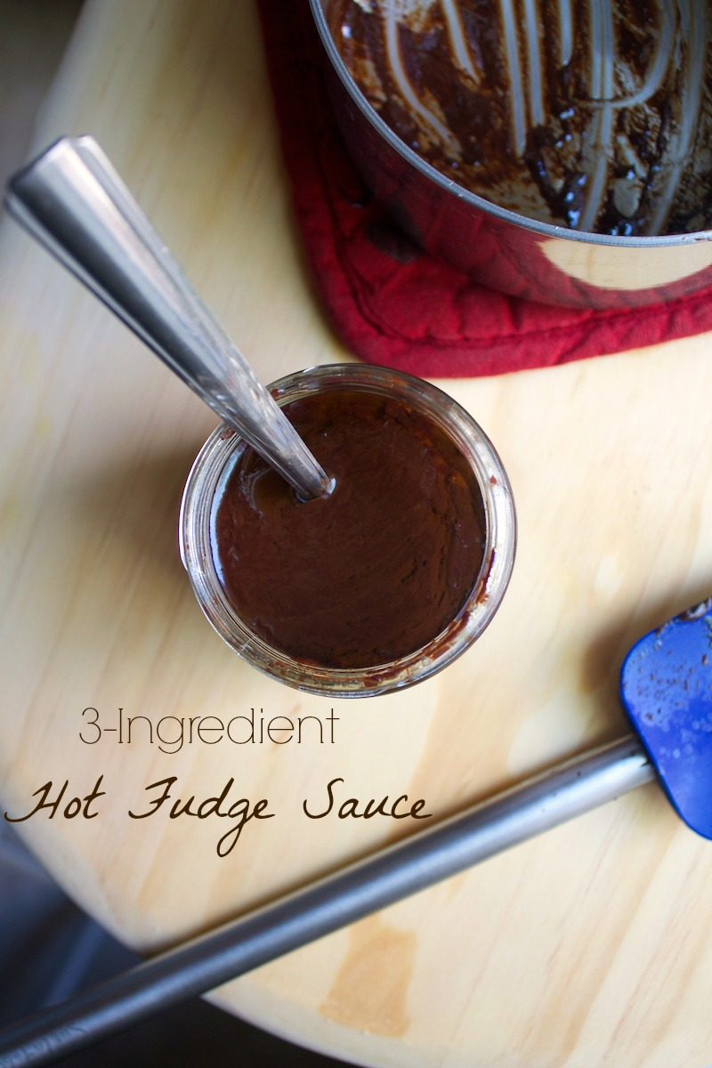 easy-hot-fudge-recipe.jpg