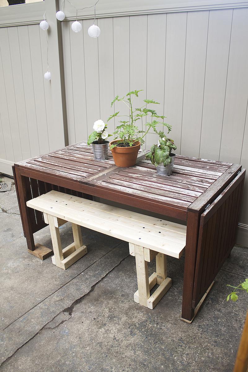 Ikea-oudoor-table.jpg