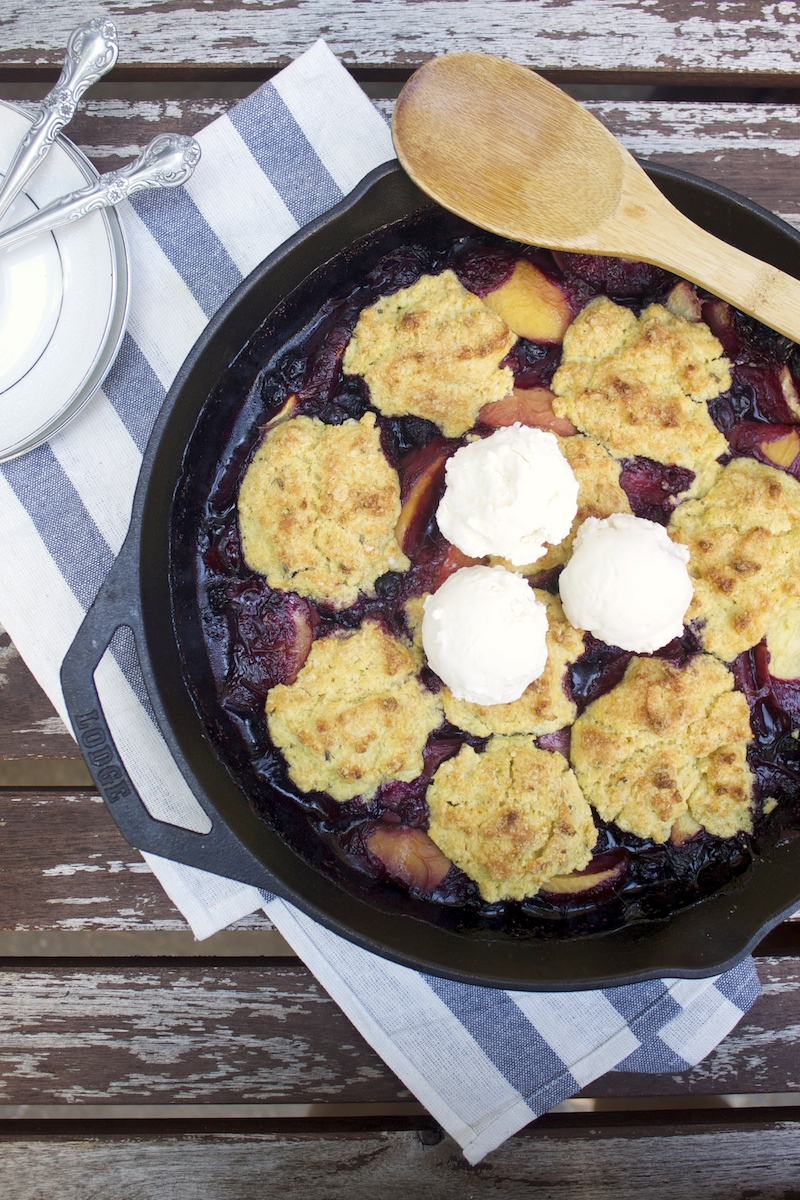 bluebery-peach-cobbler.jpg