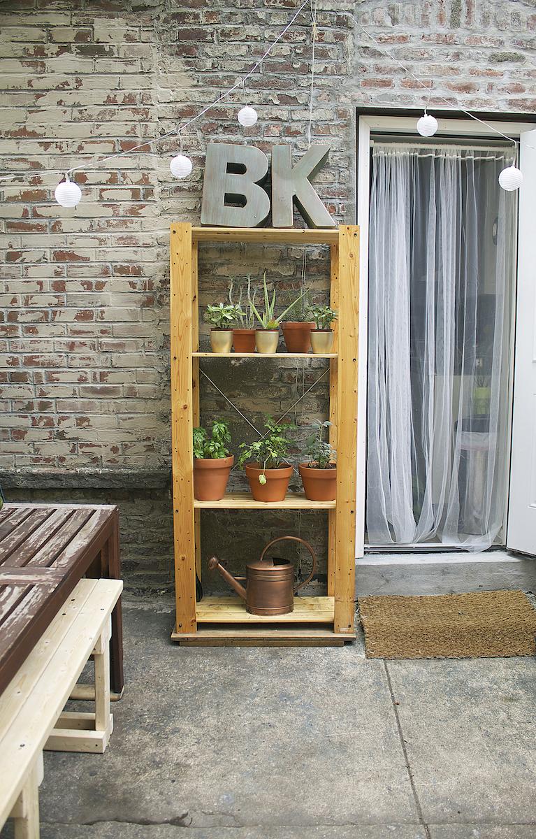 ideas-for-small-backyards.jpg