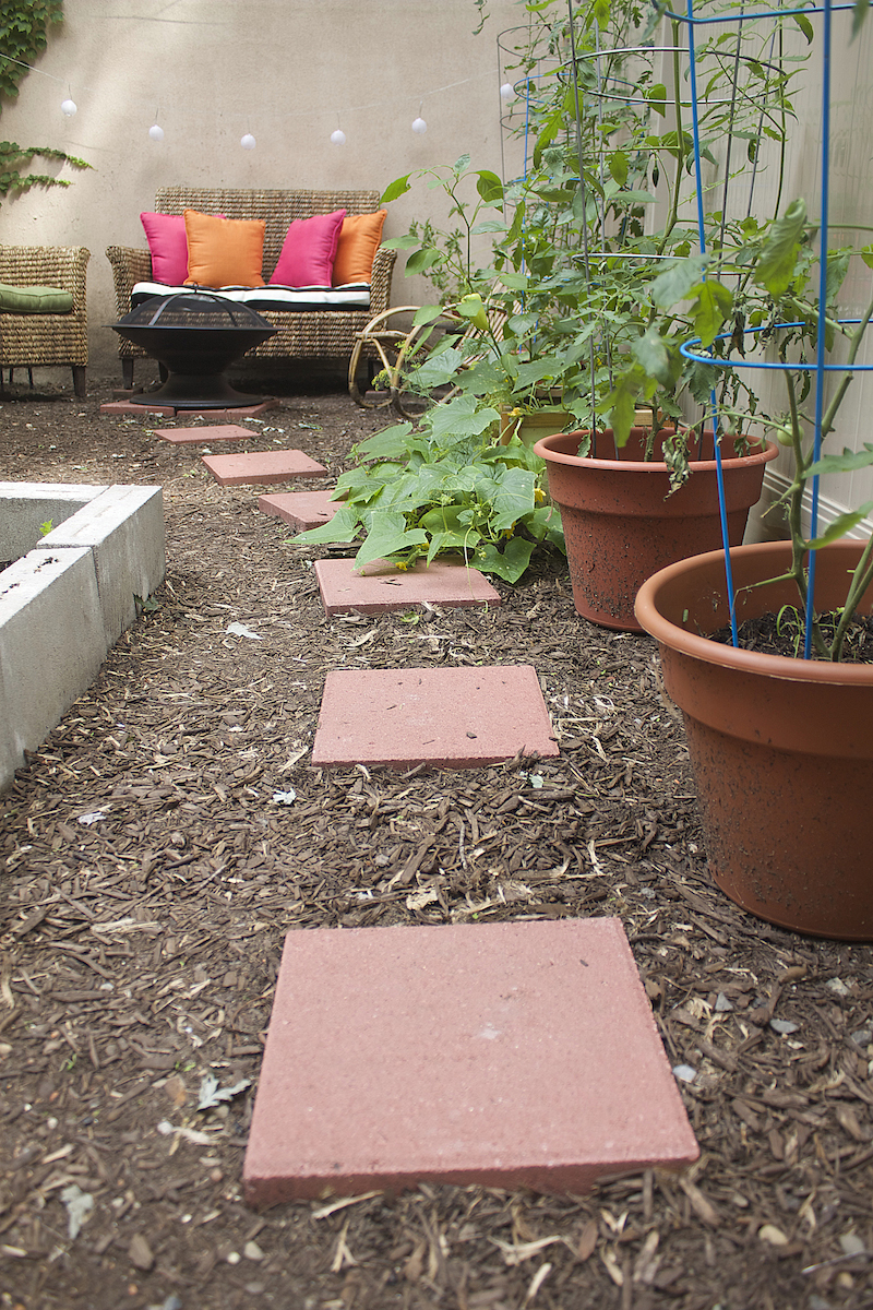 ideas-for-small-outdoor-spaces.jpg
