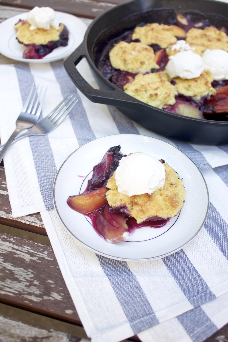 peach-bluberry-cobbler.jpg