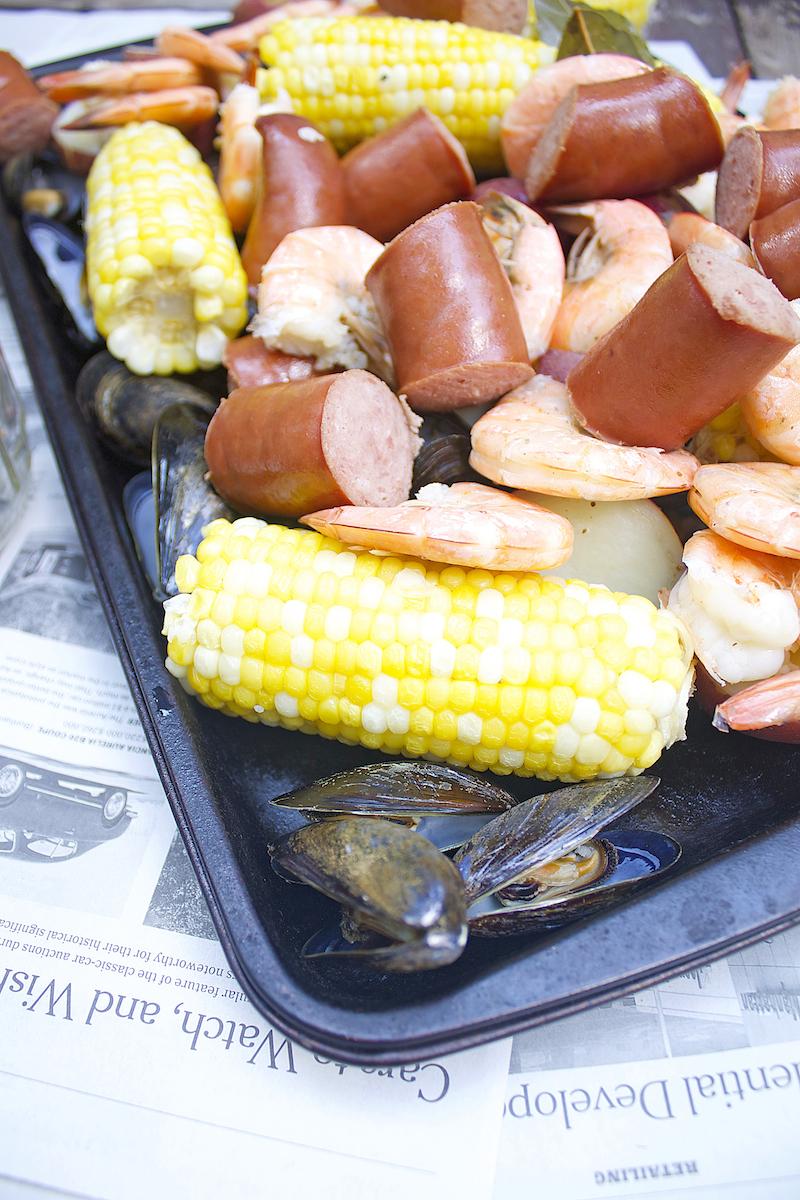 shrimp-sauasge-potato-and-corn-boil.jpg