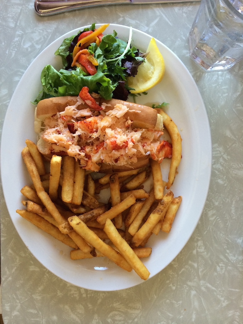 lobster-roll.jpg