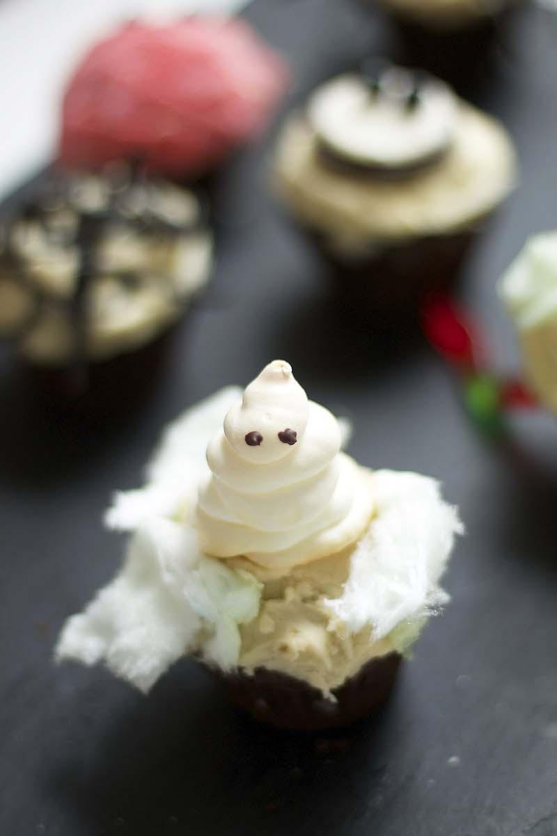 ghost-cupcake.jpg