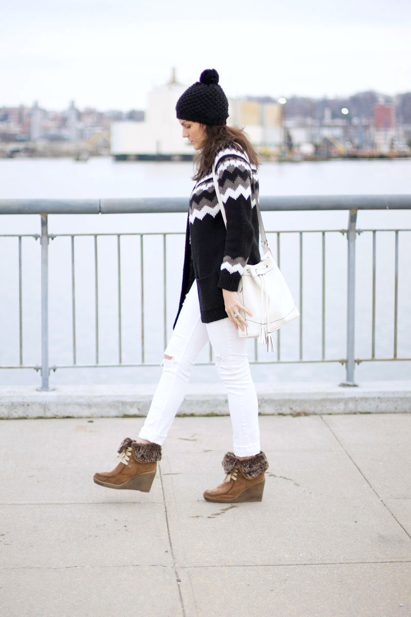 black-and-white-winter-outfit.jpg