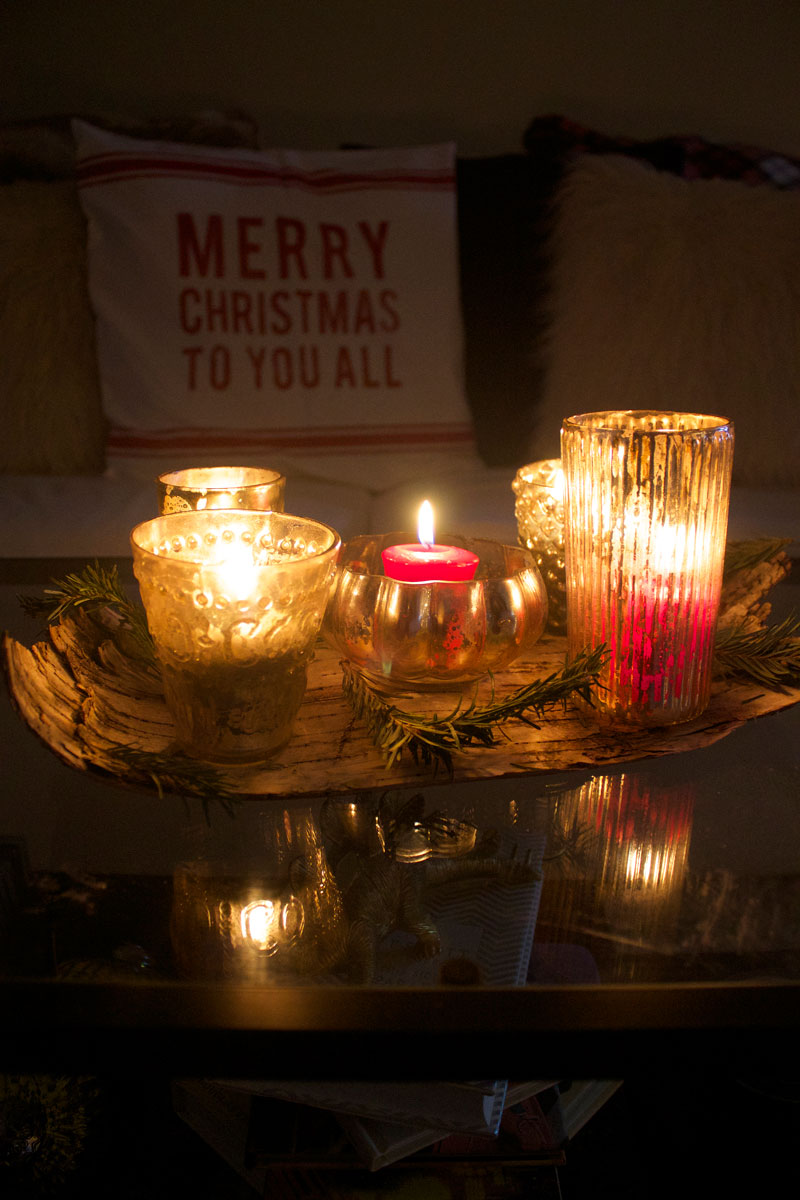 Christmas-candle-centerpiece.jpg