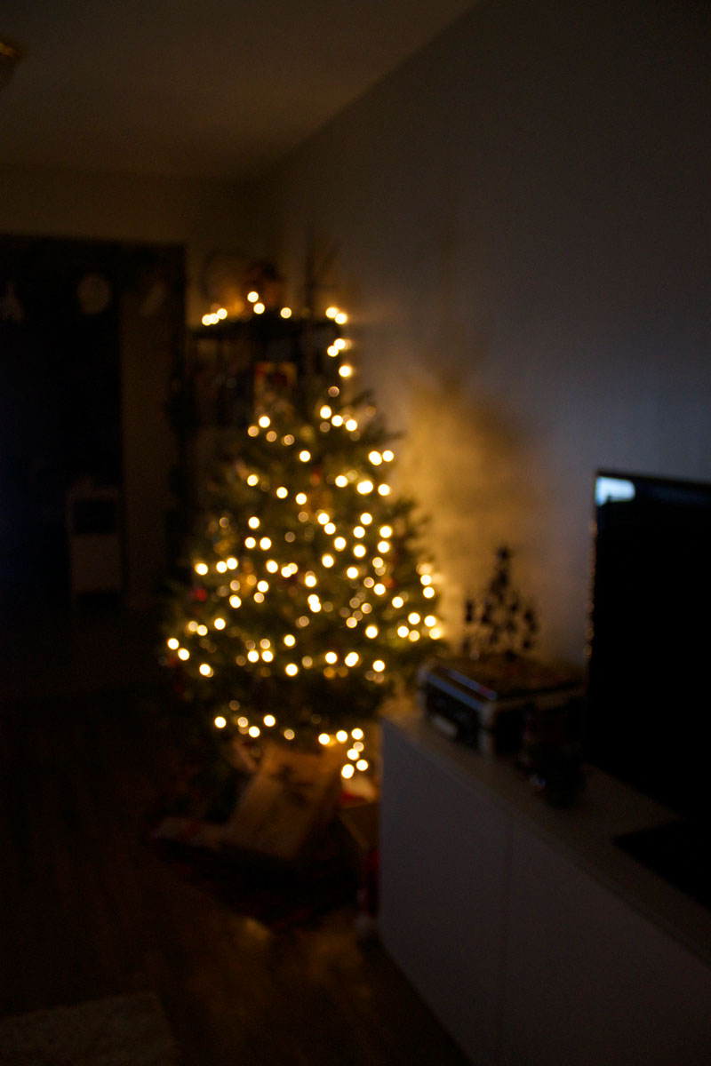 blurry-Christmas-lights.jpg