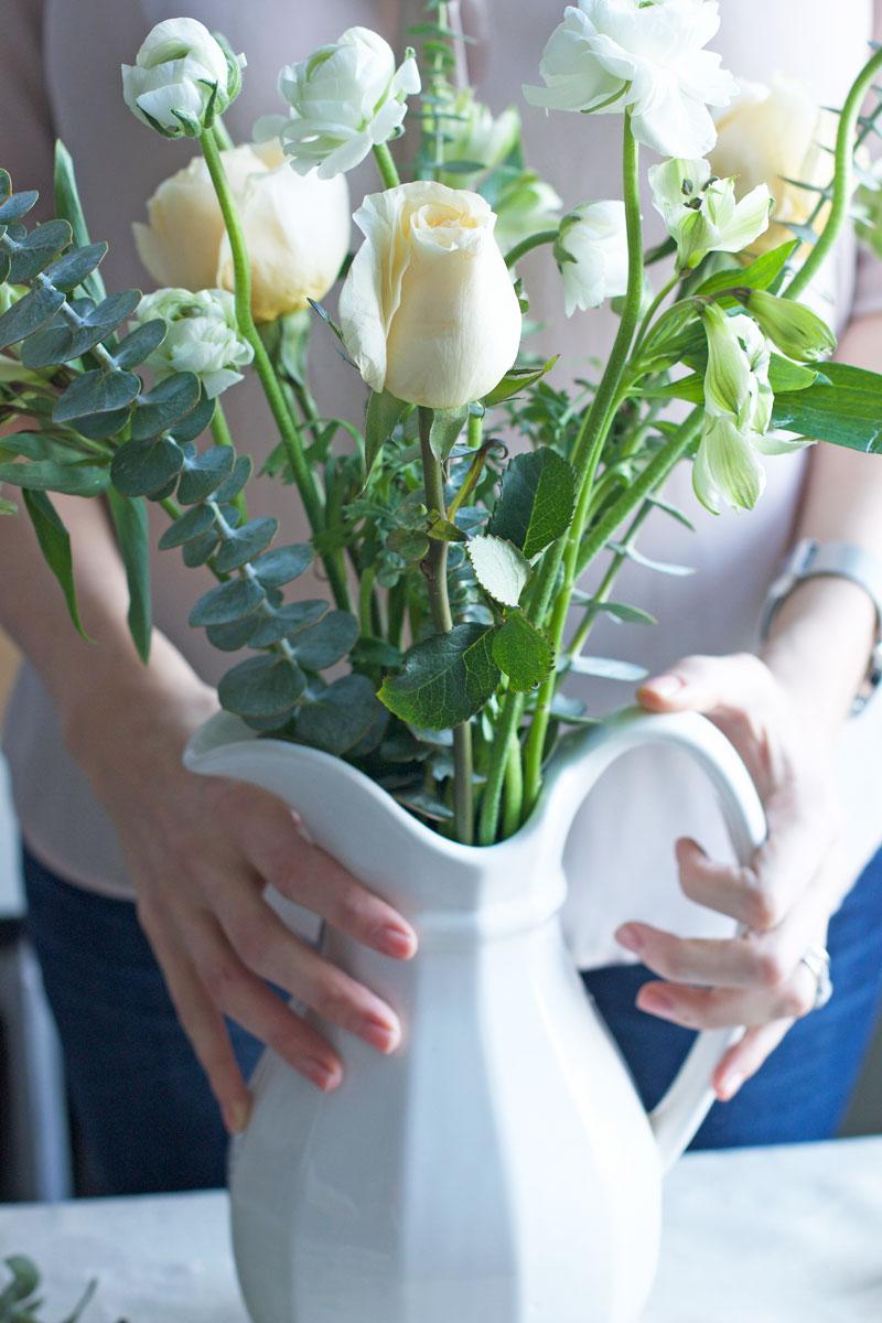 January-winter-whites-flower-arrangement.jpg