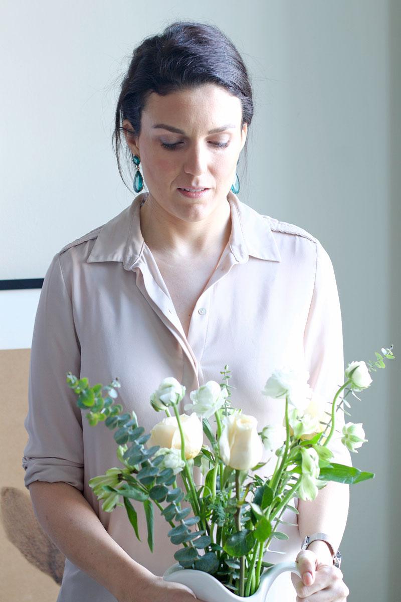 winter-whites-flower-arrangement.jpg