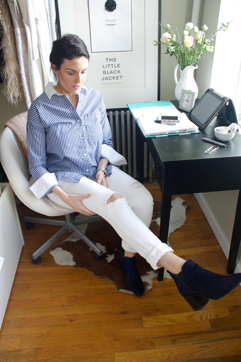 Desk-Exercises-Leg-Lifts.jpg