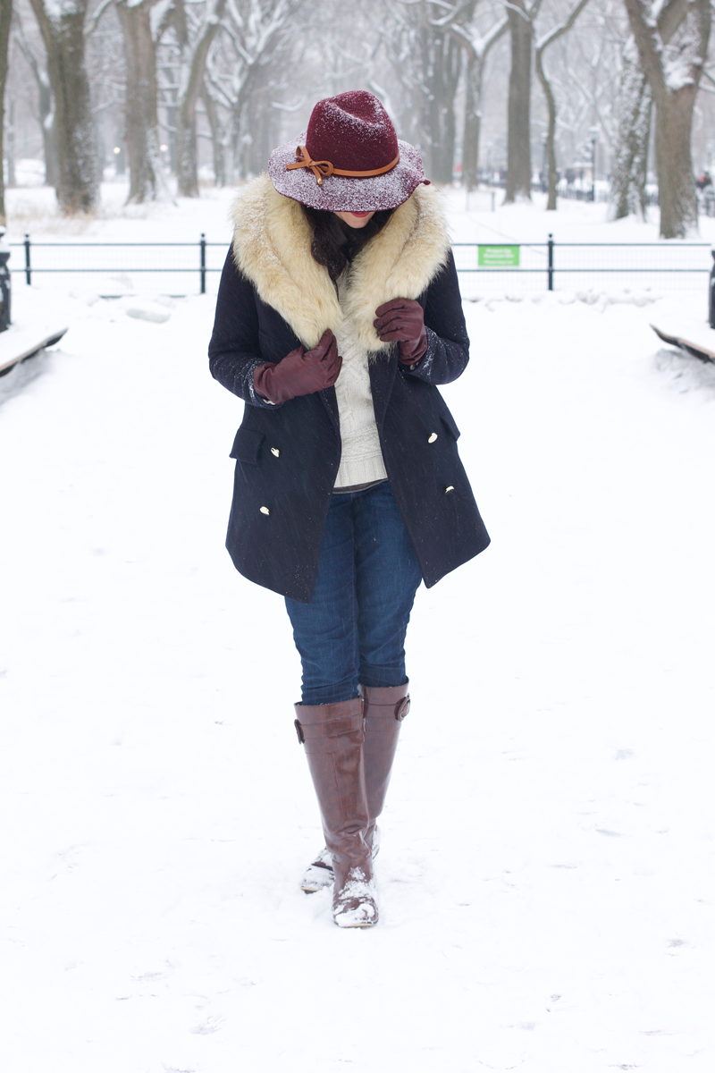 floppy-hat-fur-stole-Zara-winter-coat-brown-boots.jpg