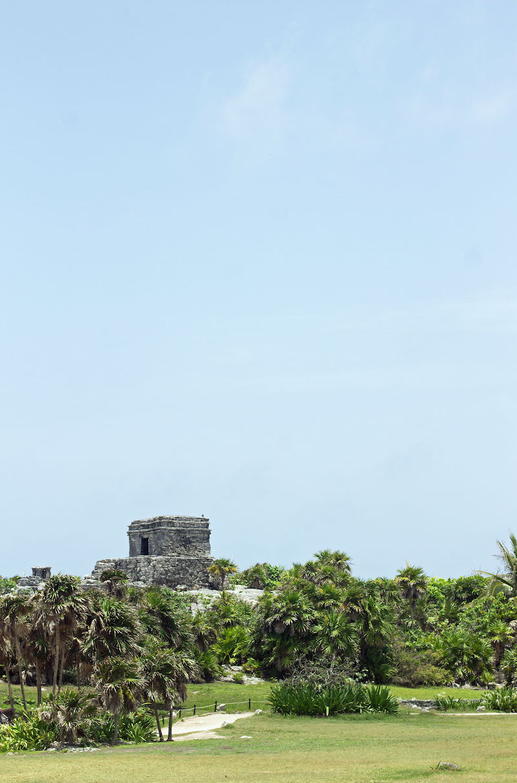 Mayan-Ruins-in-Tulum.jpg