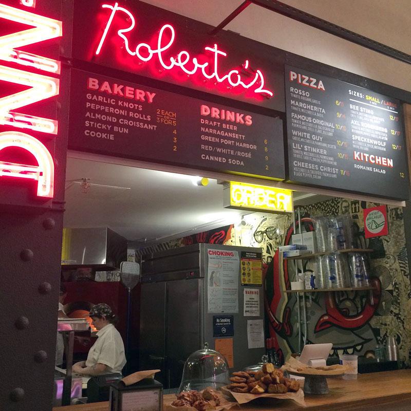 Robertas-Pizza.jpg