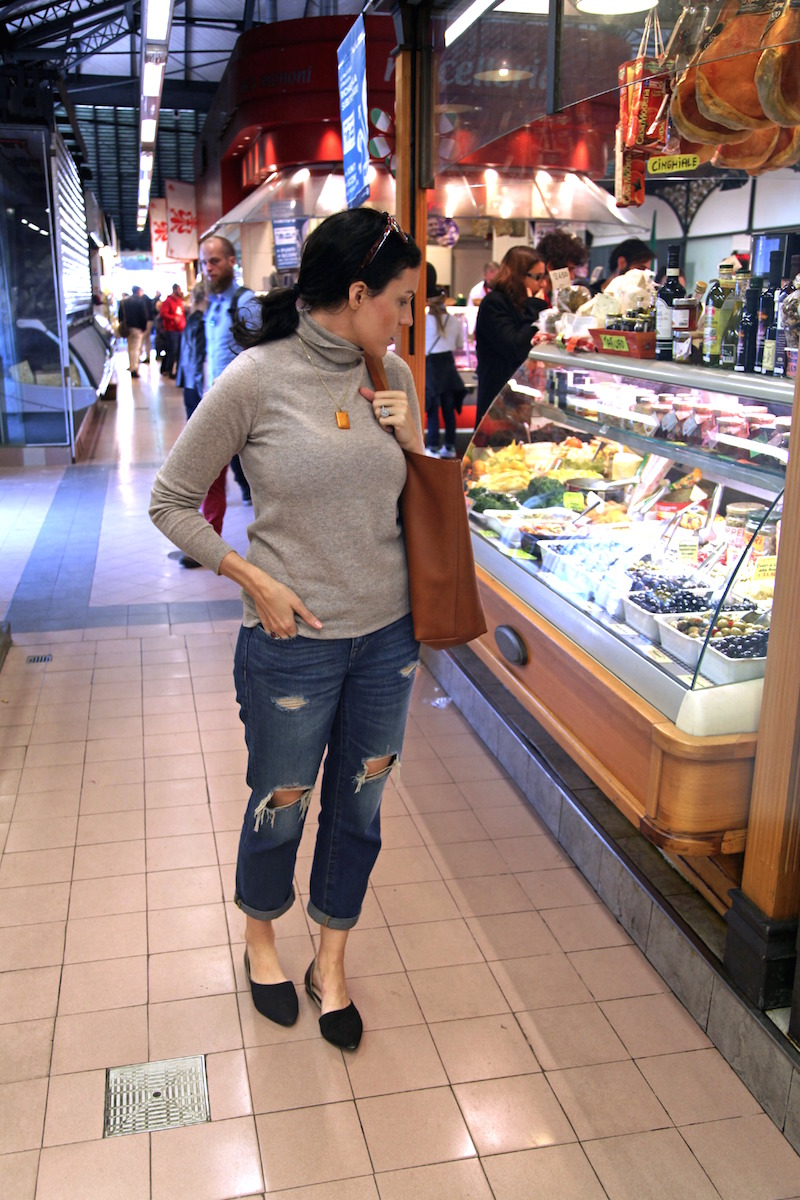 exploring-the-fresh-food-market-in-Florence.jpg