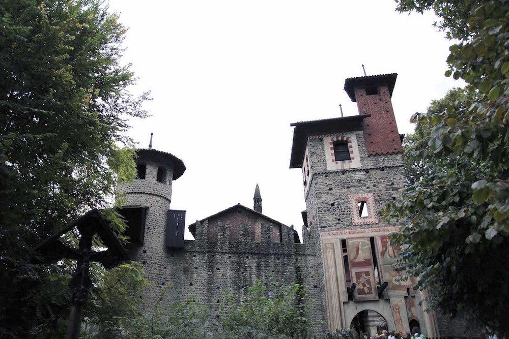 Borgo-di-Medievalle-in-Torino.jpg