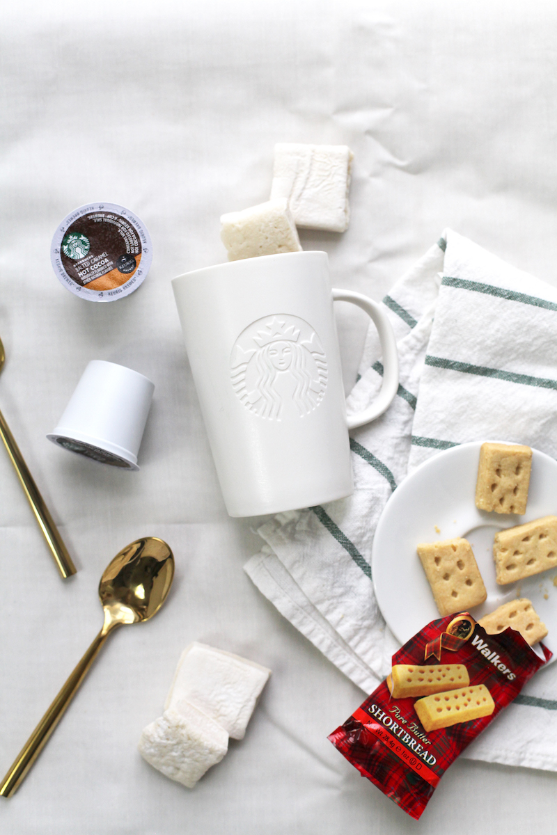 Starbucks-Cozy-Collection.jpg