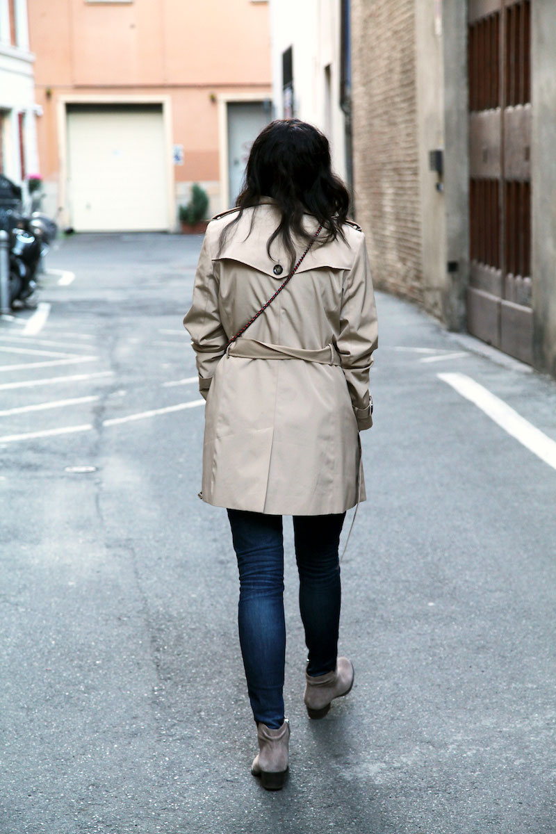 classic-tan-trench-coat.jpg