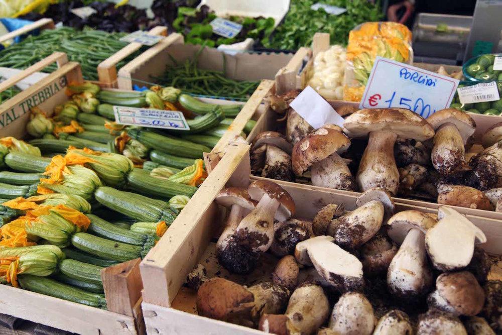 fresh-market-in-Torino.jpg