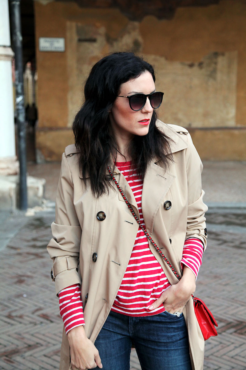 gap-red-and-white-striped-shirt.jpg