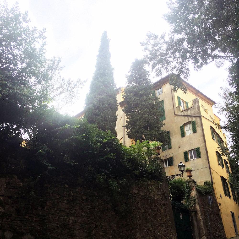 Italian-villa.jpg