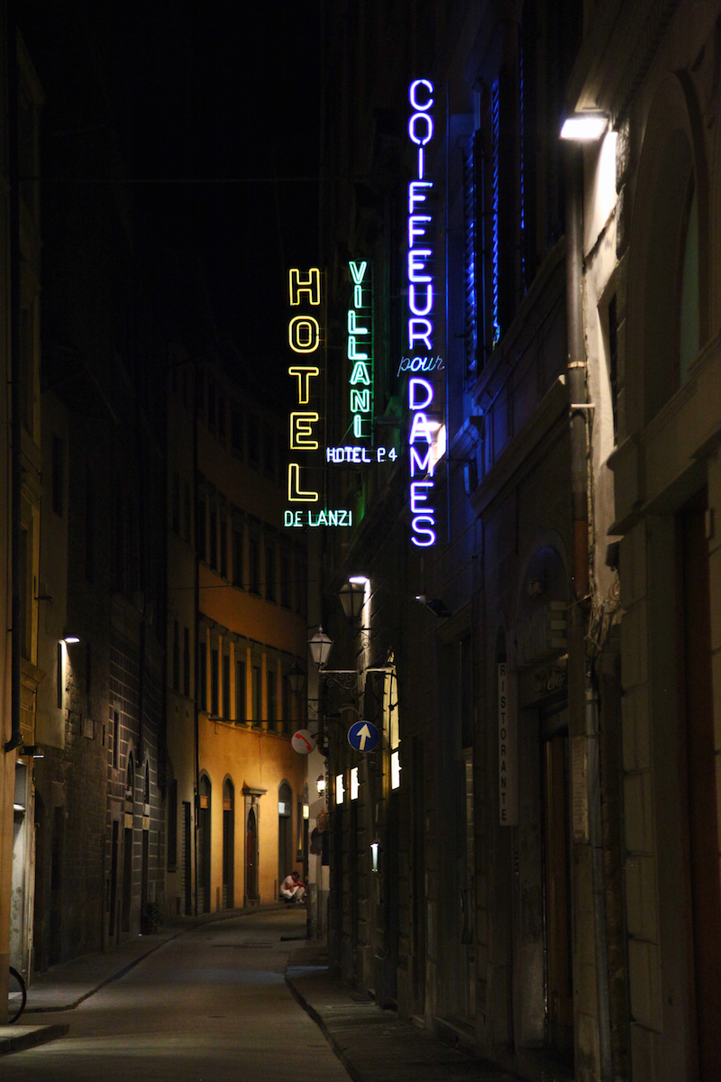 streets-of-Florence-at-night.jpg