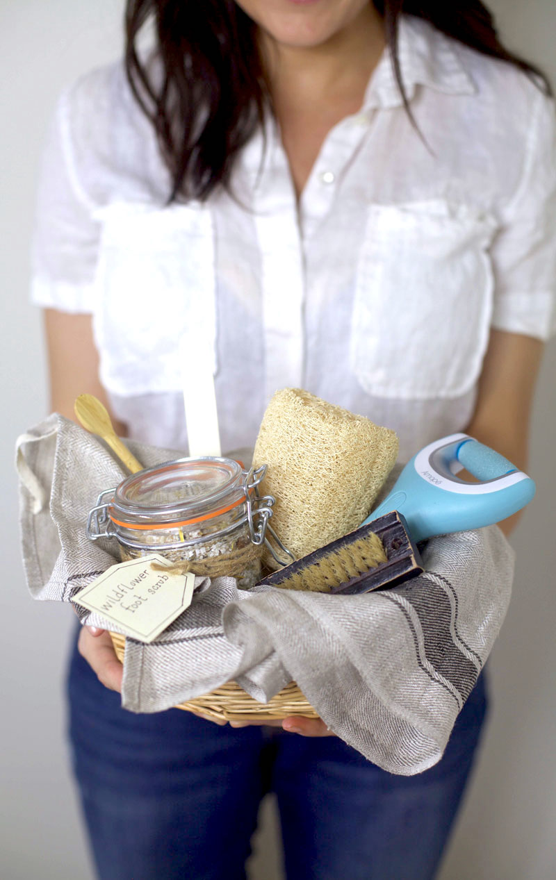 diy-pedicure-gift-basket-1.jpg
