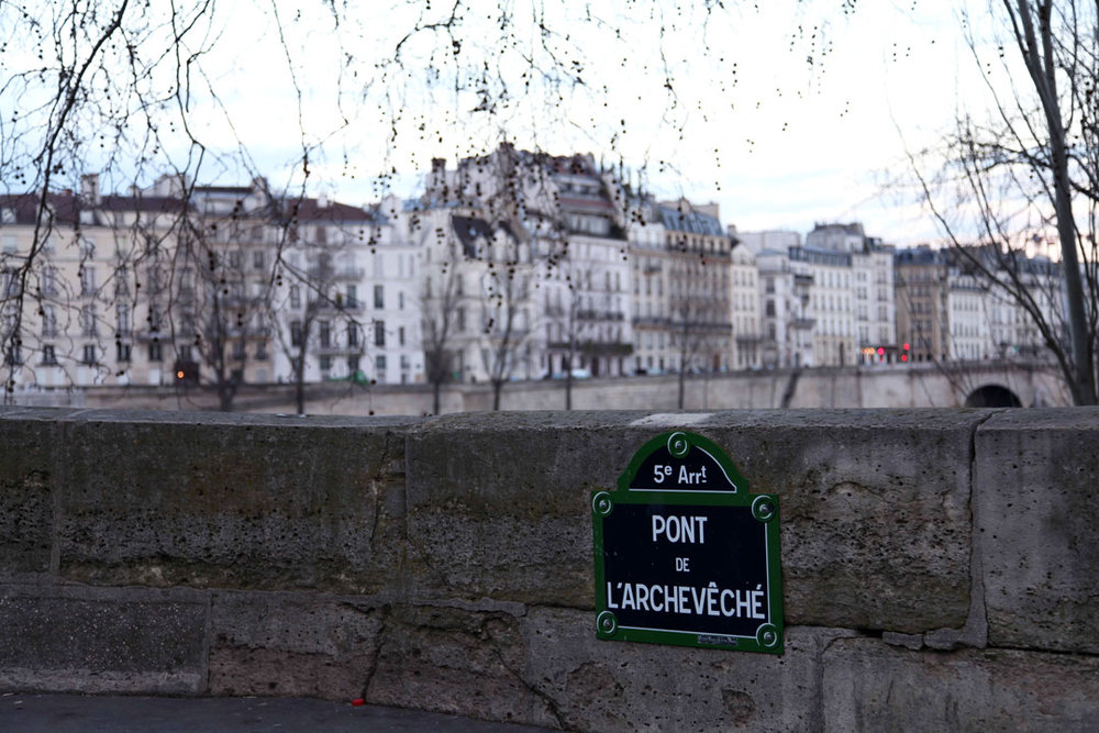 Pont-de-LArcheveche.jpg