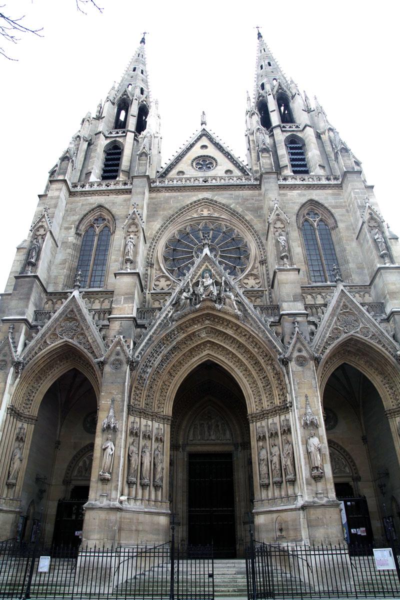 church-in-Paris.jpg