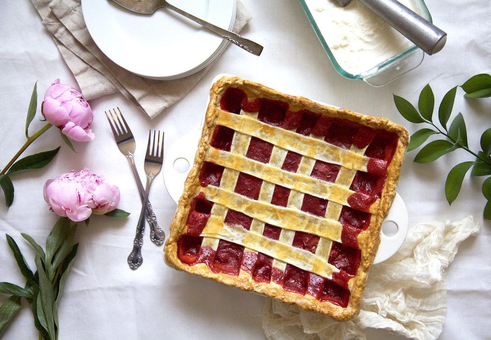 strawberry-rhubarb-pie-recipe.jpg