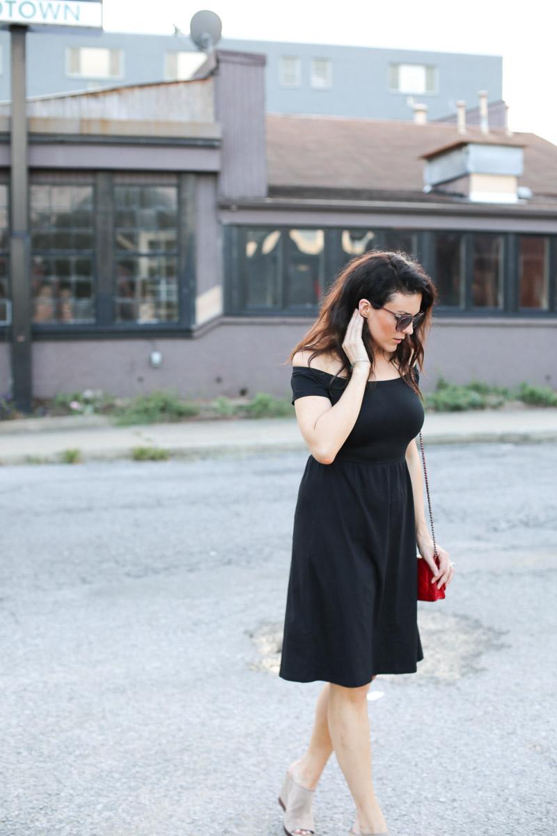 off-the-shoulder-black-dress-8.jpg