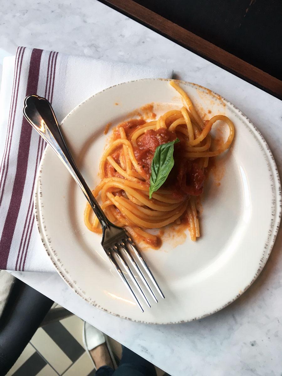pasta-pomodoro-at-Eataly.jpg